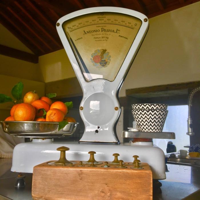 balanca-e-laranjas